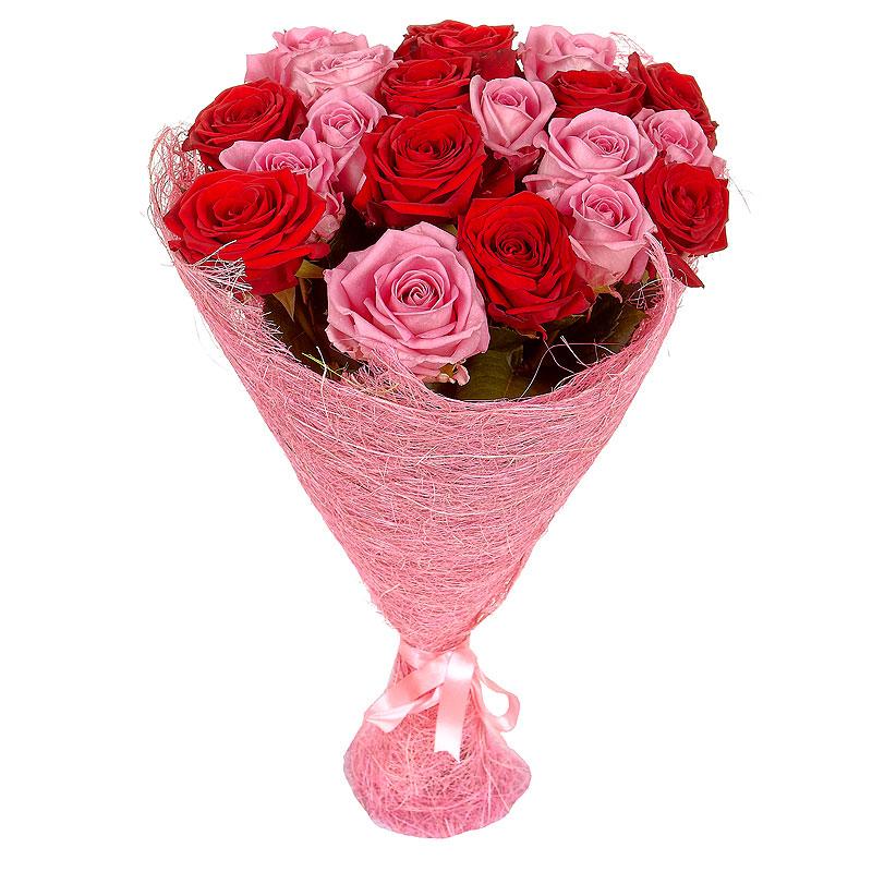 Оформить в букет розы, цветы городе