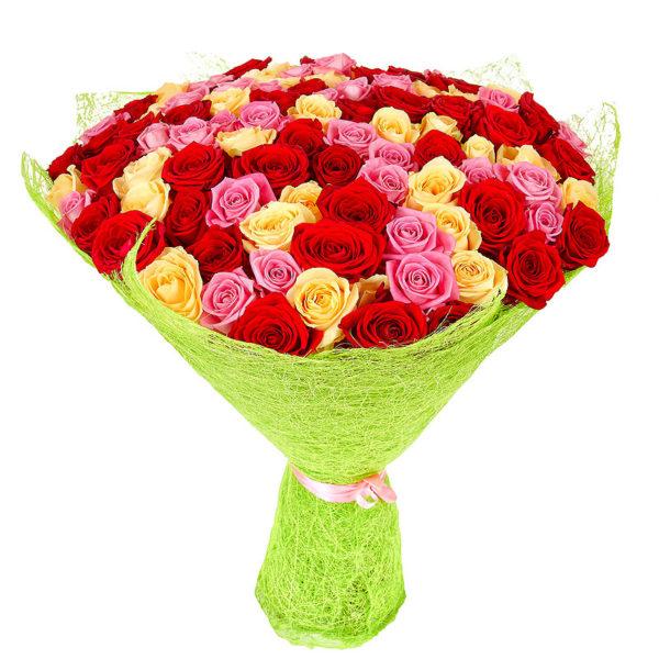 101 роза микс (красные, кремовые, розовые)