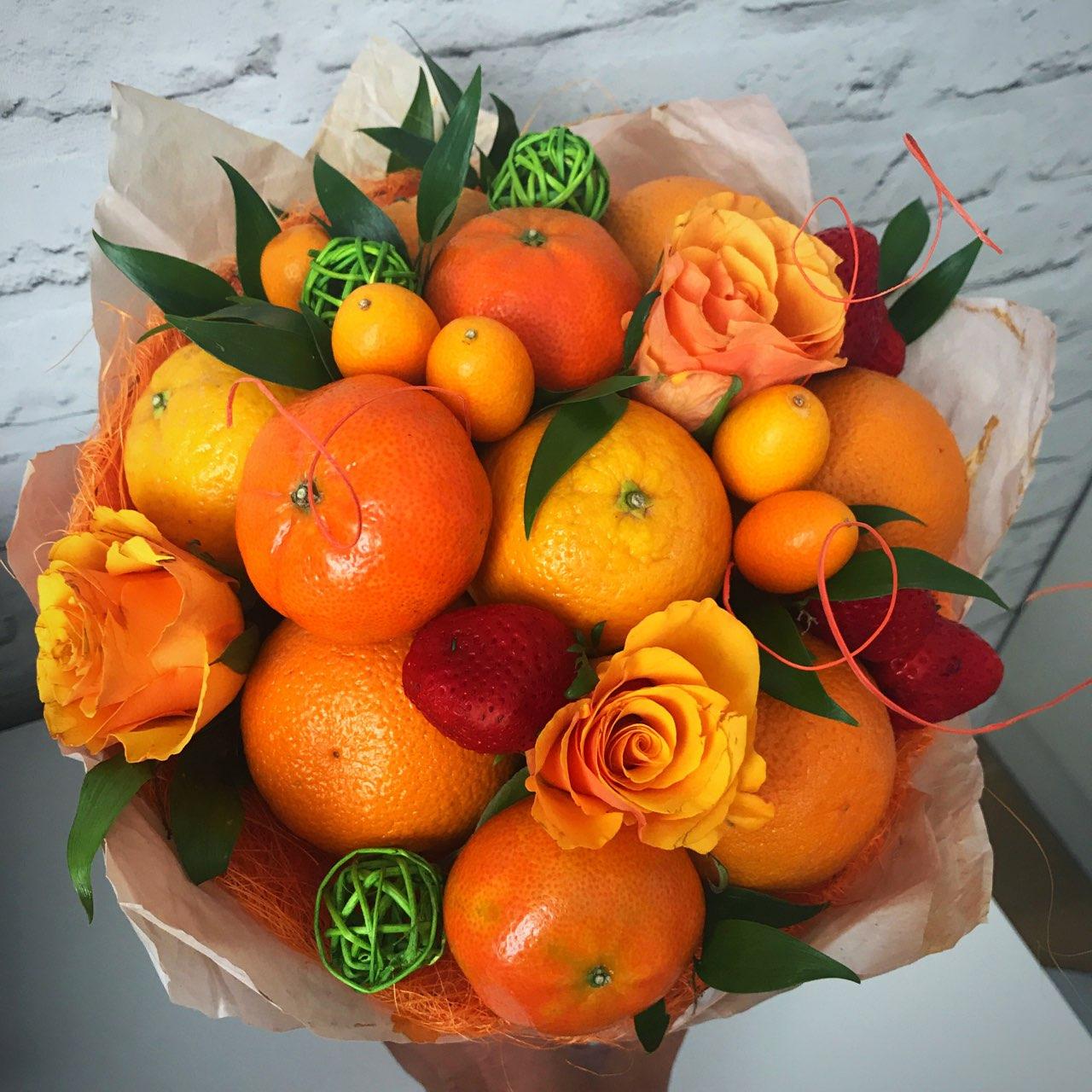 Букет из мандаринов и апельсинов