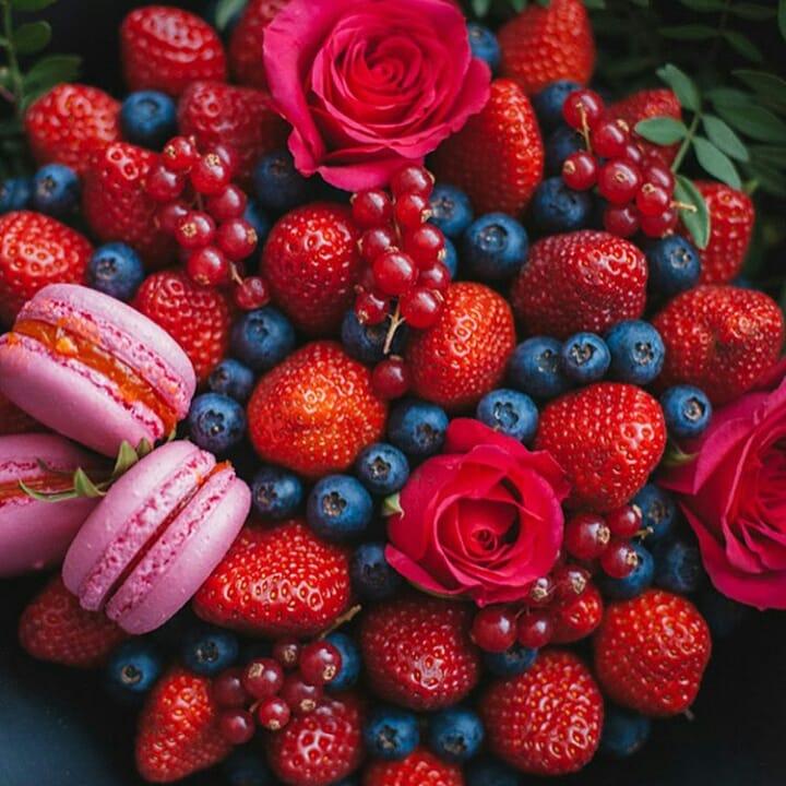 Красивые картинки с фруктами и цветами для девушек