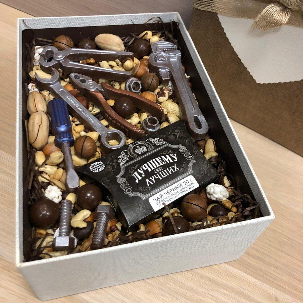 Подарочный набор с шоколадными инструментами